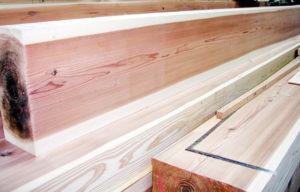 梁に使用されるスギ製材品(朽木産)