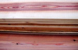 床板用に製材されたスギ(朽木産)